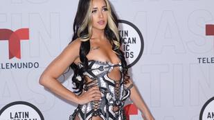 Az egekig tolták a szexifaktort a Latin-amerikai popénekesnők ezen a díjátadón