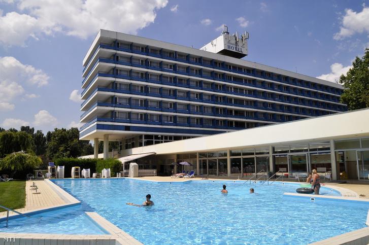 A Hotel Annabella épülete Balatonfüreden 2018. július 25-én