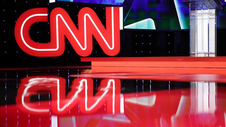 Rejtett kamerás felvétel miatt alakul a botrány a CNN körül
