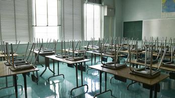 TASZ: a szülők büntetlenül megtehetik, hogy nem küldik iskolába gyermekeiket