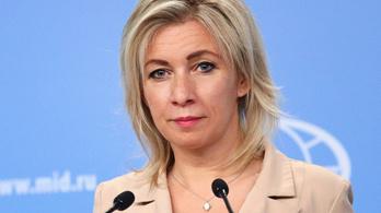 Oroszország ingerült a diplomatái kiutasítása miatt, válaszlépést ígér a cseheknek