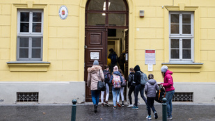 PSZ: csökkentsék minimálisra az osztálylétszámokat az újranyitás után!