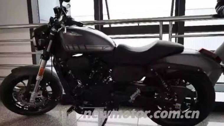 upcoming-300cc-harley-davidson-spotted-in-china