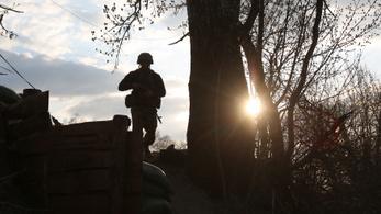Újabb tűzszünetsértés, hadgyakorlatra készül Ukrajna is