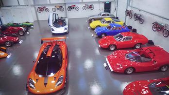 Íme, Gordon Murray autógyűjteménye
