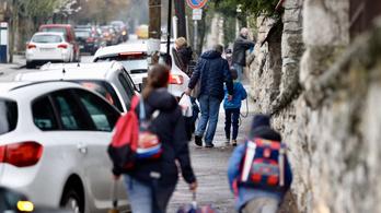 Valószínűleg több mint 100 ezer alsós diák nem ment iskolába hétfőn