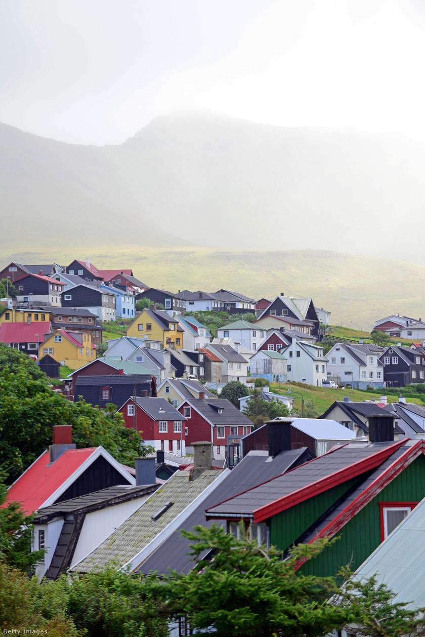 Miðvágur.
