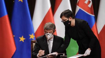A V4-ek többi tagországa is kiállt a csehek mellett