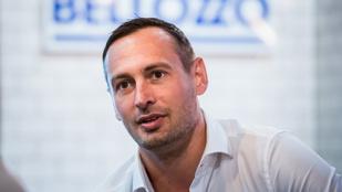 Hírösszefoglaló: Szegedi Ferencet hármasszexes videóval zsarolták