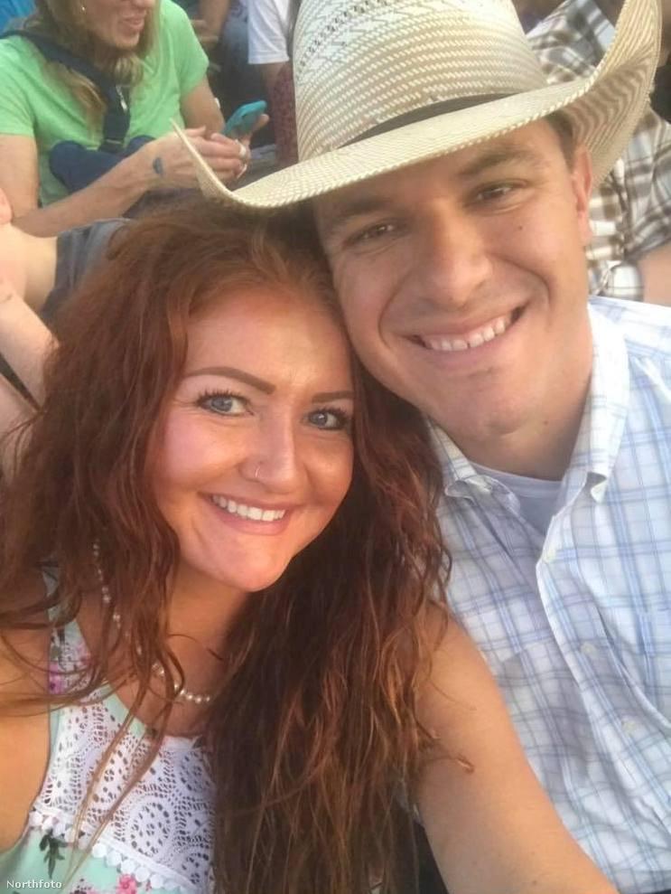Ők Aubry Lyn és Justin Unfred, ebben a lapozgatóban ennek az amerikai házaspárnak a kapcsolatáról és esküvőjéről lesz szó