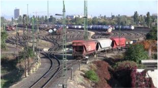 Mit kezdjünk a vasúti áruszál-lítással?