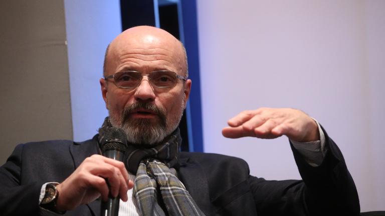 Zacher Gábor: Nem csak körömletépéses módszerekkel lehet megtörni valakit
