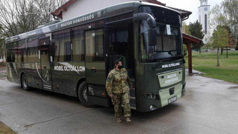 Négy oltóbuszon is oltanak Tolna megyében
