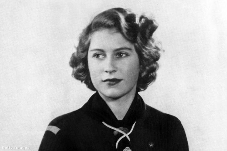 II. Erzsébet 1943-ban