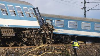 Hazaengedték az újfehértói vasúti katasztrófa sérültjeit a kórházból
