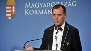 Szlávik János: Beltérben akár száz embert is megfertőzhet egy maszk nélküli szuperterjesztő