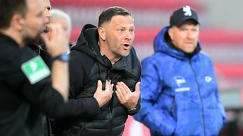 A PSV vezetőedzője válthatja Dárdait a Hertha kispadján