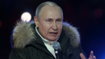 """Vlagyimir Putyin szerint a """"kollektív Nyugat"""" túllép minden határon"""
