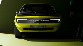 Kijelző orrú Mantát mutogat az Opel