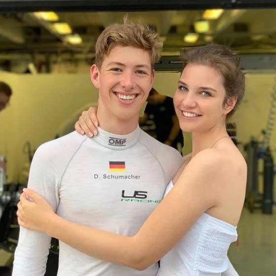 Keszthelyi Vivien három éve imádja David Schumachert. Az Instagramon elárulta, a fiú nemcsak szerelme, de a legjobb barátja és fő támasza is egyben.