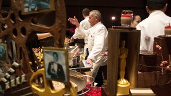 Az Oscar-díjhoz jár 13 ezer pohár, 4,8 ezer tányér és 6 ezer koktélvilla