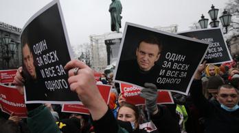 Ismét ezrek tüntettek Oroszországban, a hatóságok lecsaptak Alekszej Navalnij támogatóira