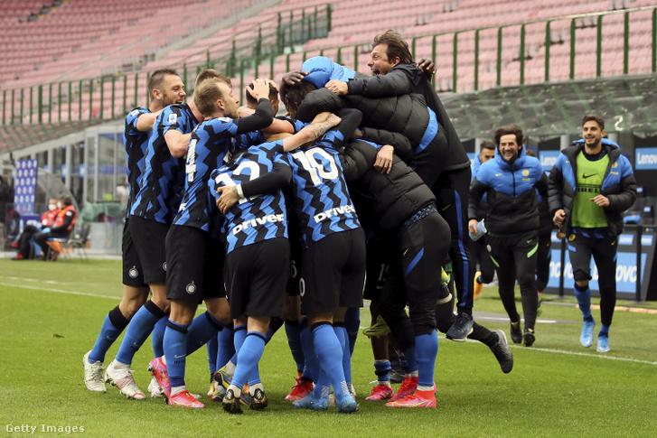 Rekordot ért a Cagliari legyőzése