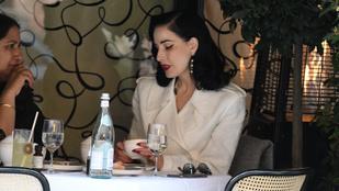 Dita Von Teese Londonban ebédelt, lefotózták