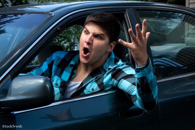 stockfresh 395970 man-expressing-road-rage sizeM