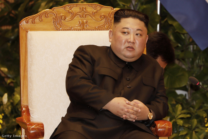 Kim Dzsongun 2019. március 1-jén a vietnámi Hanoiban működő kormányhivatalban