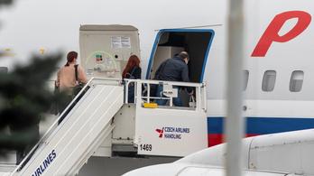 További orosz diplomatákat utasítanak ki Prágából