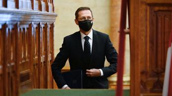 Varga Mihály: Óriási kereslet van a magyar zöldkötvényekre
