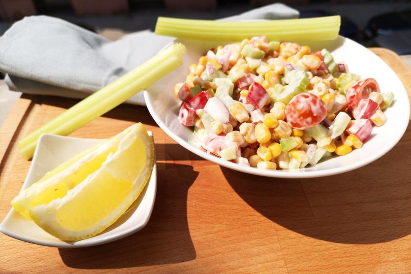 kukoricasaláta zelleres recept