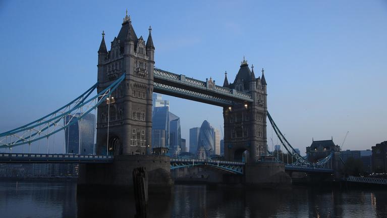 Londoni elemzők 7 százalékos brit GDP-növekedést várnak ez évre