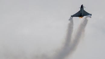 Mit kerestek a brit gépek a román légtérben?
