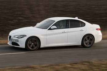 Kidobják az Alfa Romeo hátsókerék-hajtású autóalapját