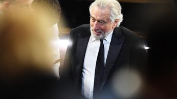 Halálra dolgoztatja Robert De Nirót az exneje