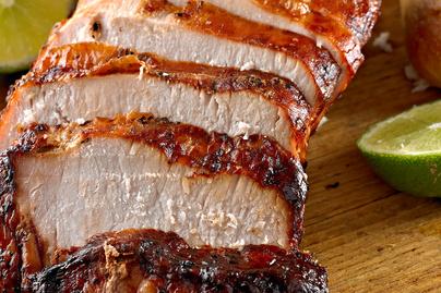 Fokhagymás mézzel sült sertéskaraj: a fűszeres hús vajpuha és szaftos lesz