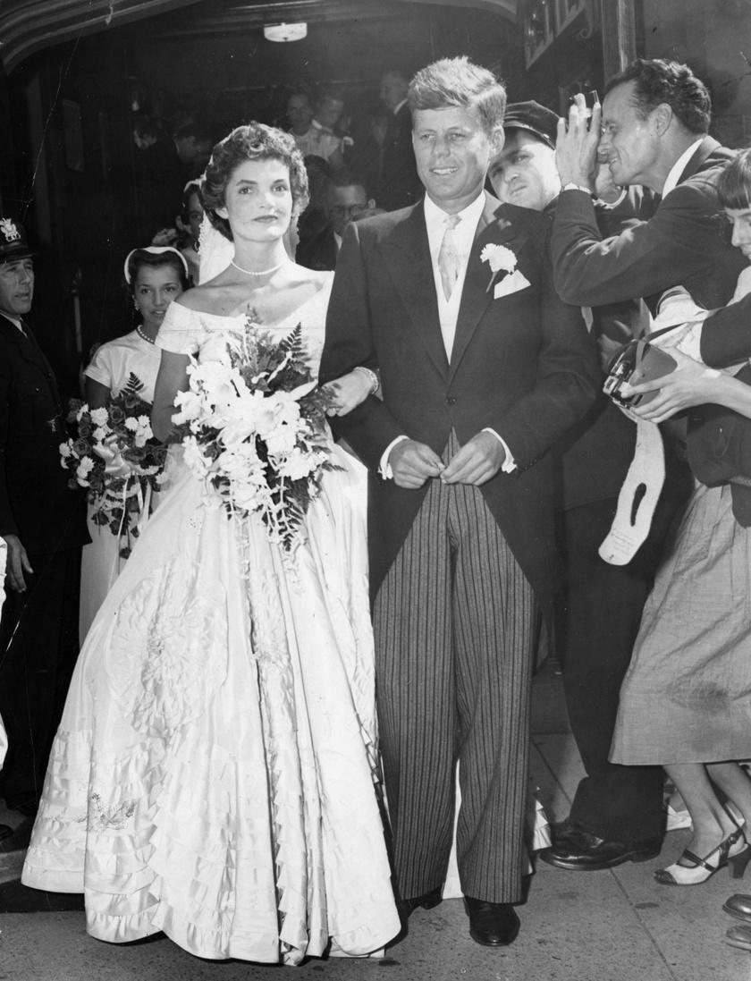 1953 szeptemberében keltek egybe.