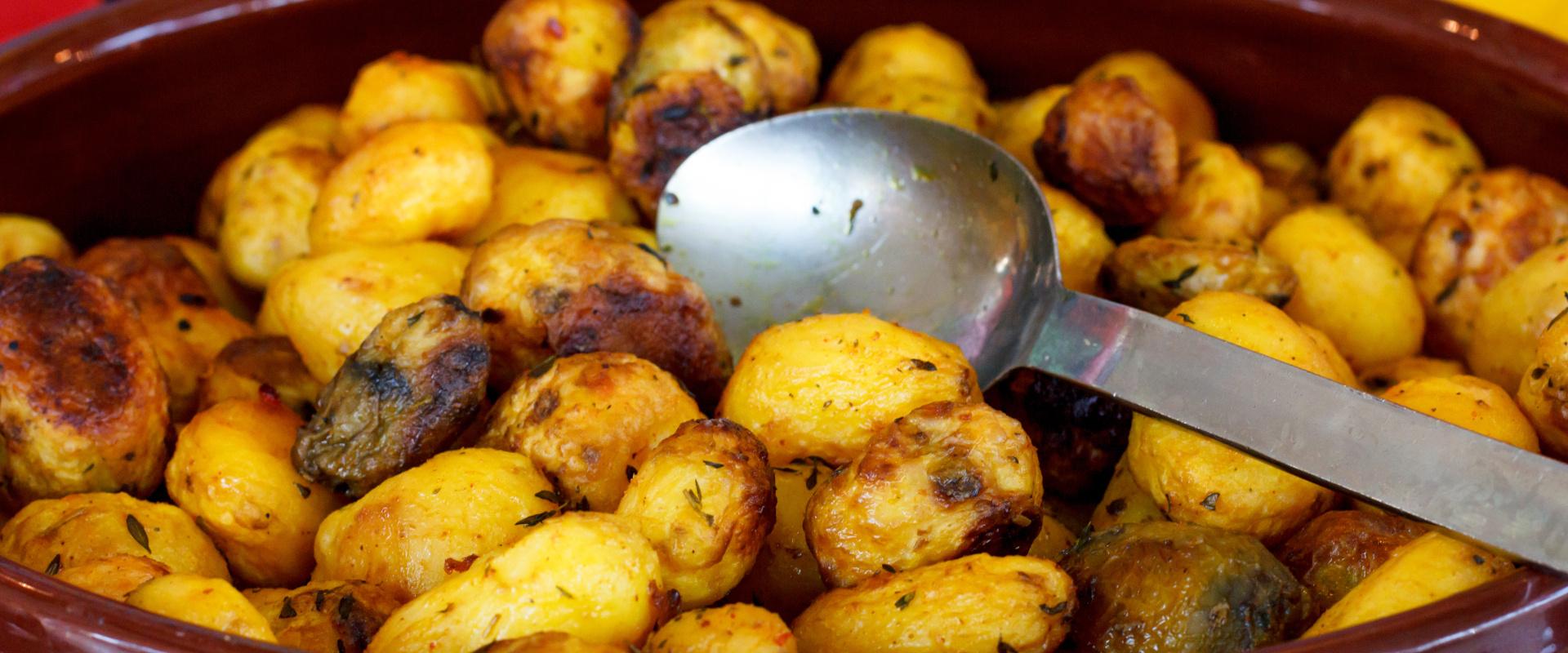 újkrumpli sóval és ecettel sütve cover