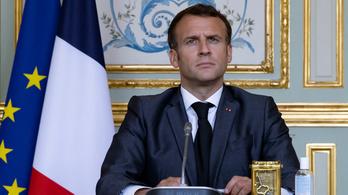 Macron megszólalt a rendőrgyilkosság után: Nem engedünk az iszlamista terrorizmusnak