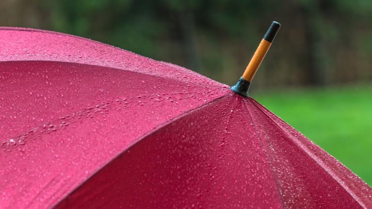 Ma még örülhetünk a napos terasznak, de holnap már jön a vihar
