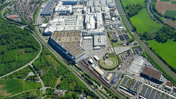 Az Audi és a Daimler is termeléskorlátozásra kényszerül alkatrészhiány miatt