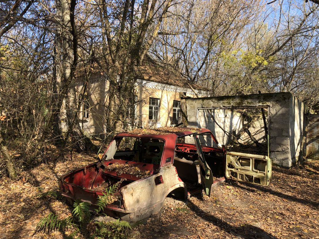 Elhagyott parasztház Zalisszja faluban, a 30 kilométeres, lezárt körzetben