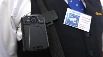 Veszélyben a kalauzok, testkamerákat telepít a MÁV