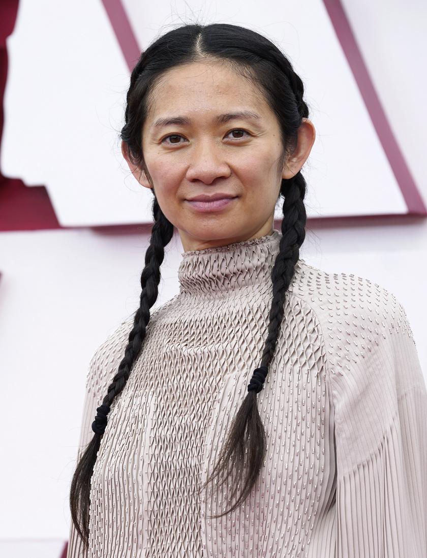 Chloé Zao lett a legjobb női rendező.