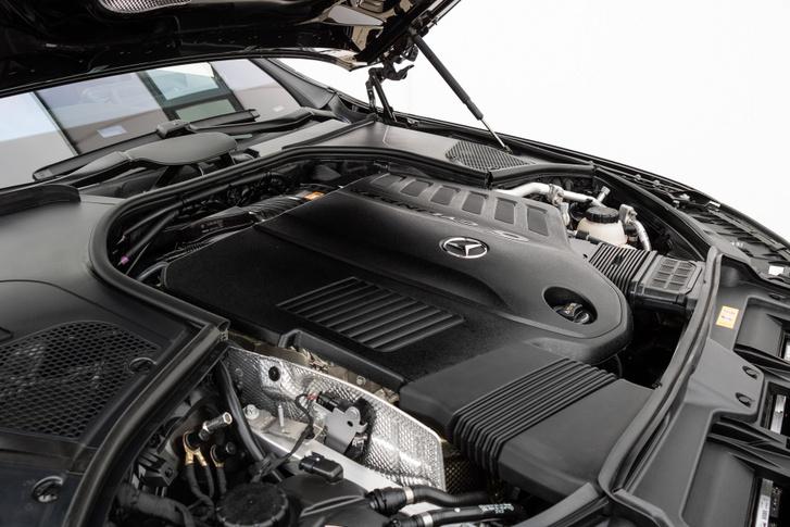 3,0 liter, sorhat, turbó és villanykompresszor meg a 48 voltos mild hibrid rendszer