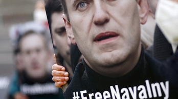 Felfüggesztik Alekszej Navalnij szervezeteinek tevékenységét