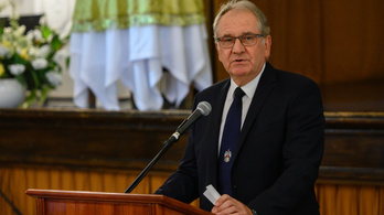 Székesfehérvári kórházigazgató: 100-ból 84 gépi lélegeztetett meghal