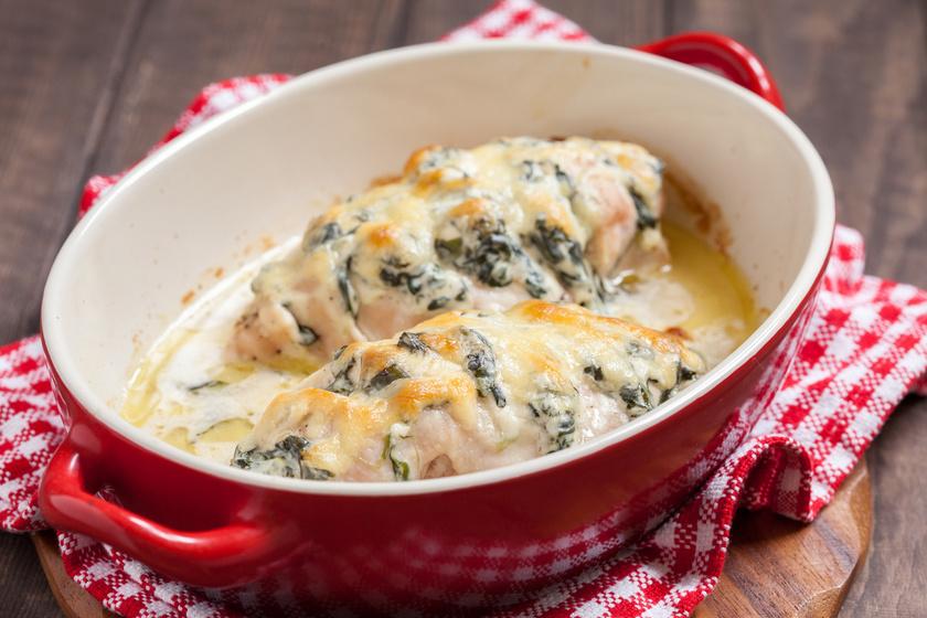 A 8 legfinomabb spenótos étel a főzeléken túl: tésztára, húsra, sós sütibe